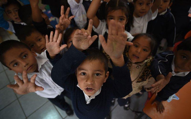"""<a href=""""/slideshow/proteccion-la-infancia-3"""">Protección a la Infancia 3</a>"""