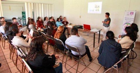 """<a href=""""/noticias/promueve-dif-morelos-capacitacion-municipios-en-materia-de-solucion-pacifica-de-conflictos"""">PROMUEVE DIF MORELOS CAPACITACIÓN A MUNICIPIOS EN MATERIA DE SOLUCIÓN PACÍFICA DE CONFLICTOS...</a>"""