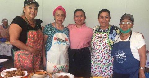 """<a href=""""/noticias/reciben-adultos-mayores-curso-de-cocina-saludable"""">RECIBEN ADULTOS MAYORES CURSO DE COCINA SALUDABLE</a>"""
