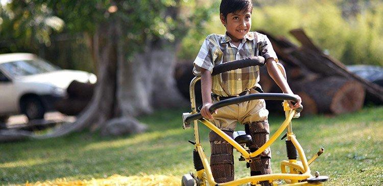 """<a href=""""/slideshow/discapacidad"""">Discapacidad</a>"""