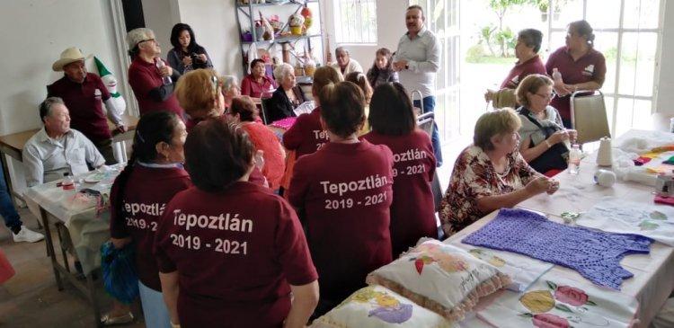 ATIENDE DIF MORELOS A ADULTOS MAYORES DE TEPOZTLÁN
